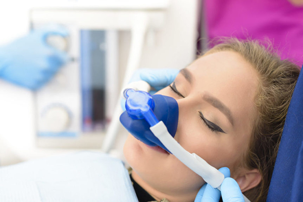 whitby-dentist-on-laughing-gas